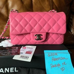 19C Chanel pink lambskin mini with shw/NWT